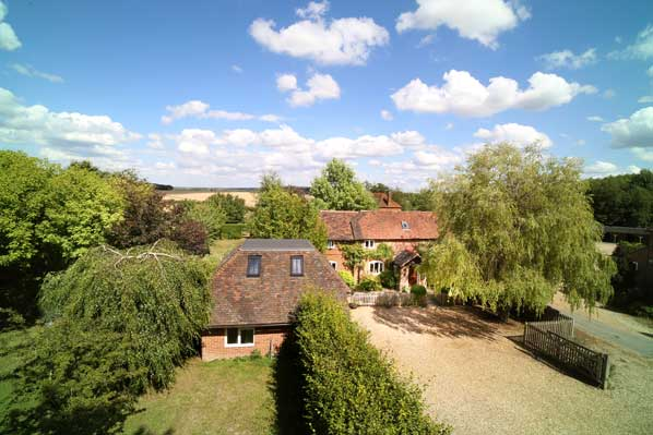 photo property for sale hampshire odiham