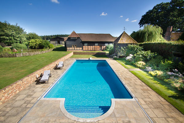 photo property swimming pool