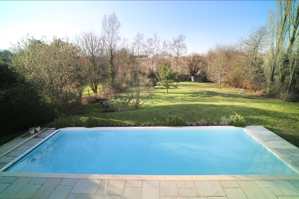swimming pool property for sale