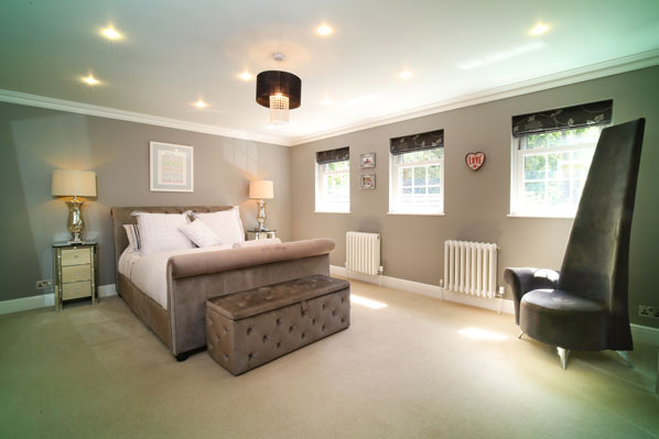 Luxury bedroom property for sale Fleet Hampshire McCarthy Holden estate agents