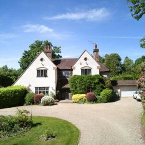WELLINGTONIA AVENUE PROPERTY FOR SALE FINCHAMPSTEAD