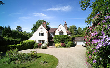 Wellingtonia Avenue, Crowthorne Guide Price £1,495,000